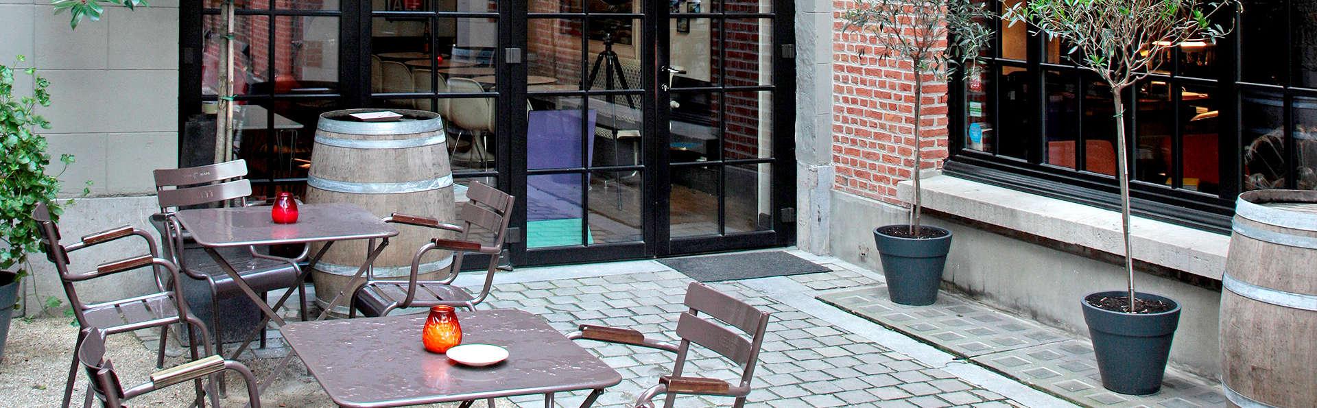 Vintage Hotel - Edit_Terrace.jpg