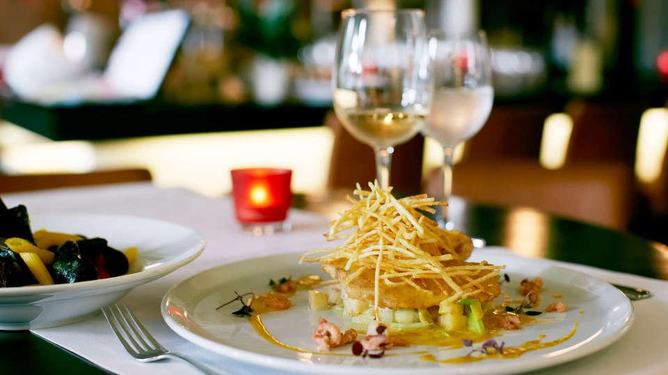 Van Eyck Hotel  - edit_restaurant.jpg