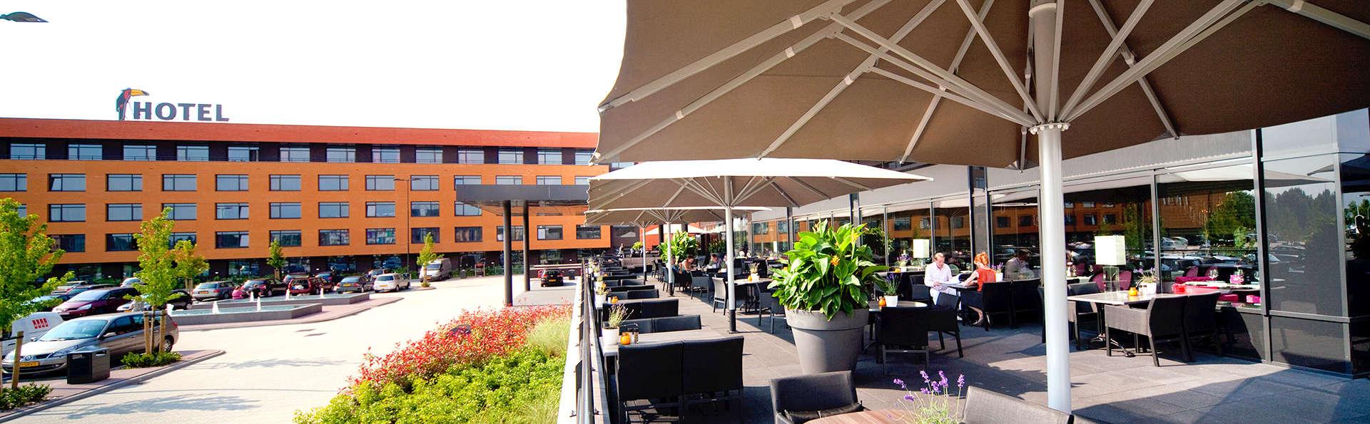Van der Valk Hotel Almere - Edit_Terrace.jpg