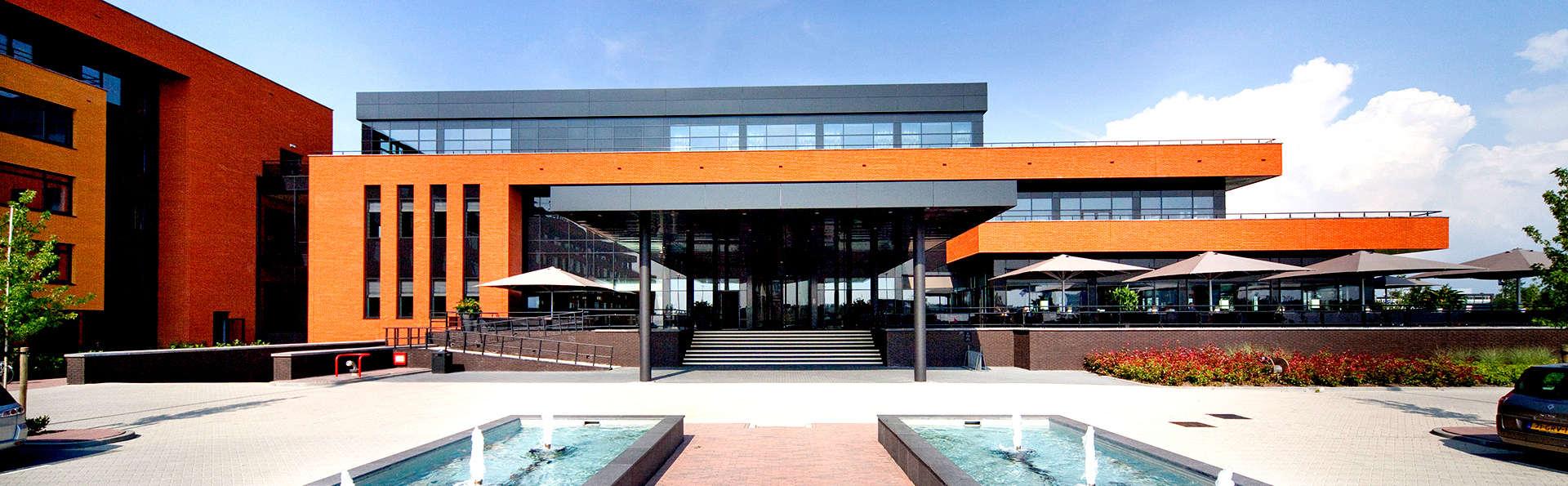 Van der Valk Hotel Almere - Edit_front.jpg