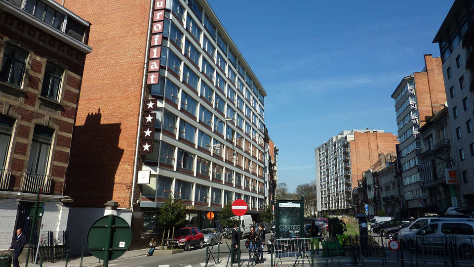 First Euroflat Hotel - EDIT_front.jpg