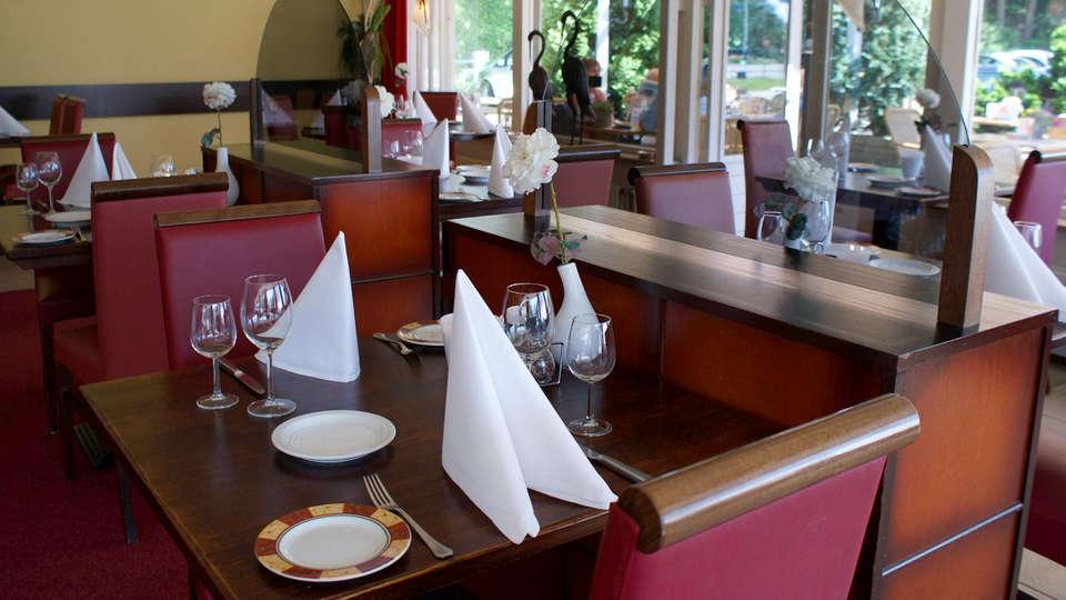 Fletcher Hotel Rooland - EDIT_Restaurant1.jpg