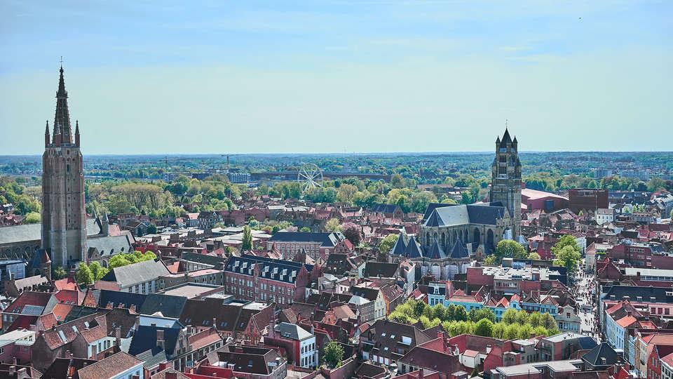 Hotel Boterhuis - Edit_Bruges2.jpg