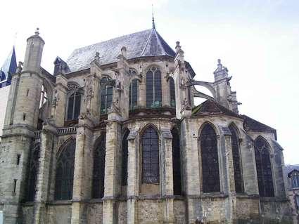 Église Saint-Pierre de Saint-Julien-du-Sault