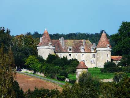 Château de Beauvais (Lussas-et-Nontronneau)
