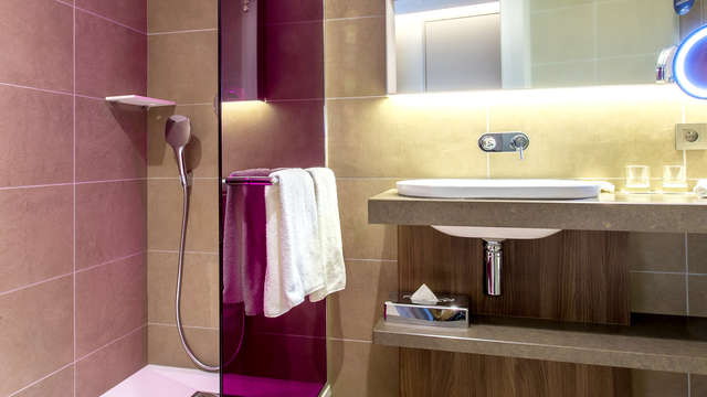 Radisson Blu Lyon - Bathroomn