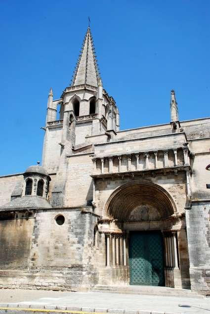 Église Sainte-Marthe de Tarascon
