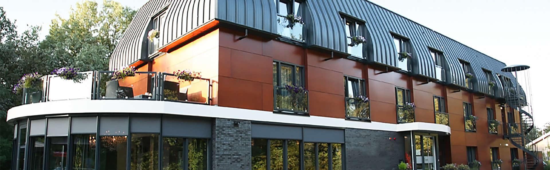 Fletcher Hotel-Restaurant de Kempen - EDIT_front.jpg