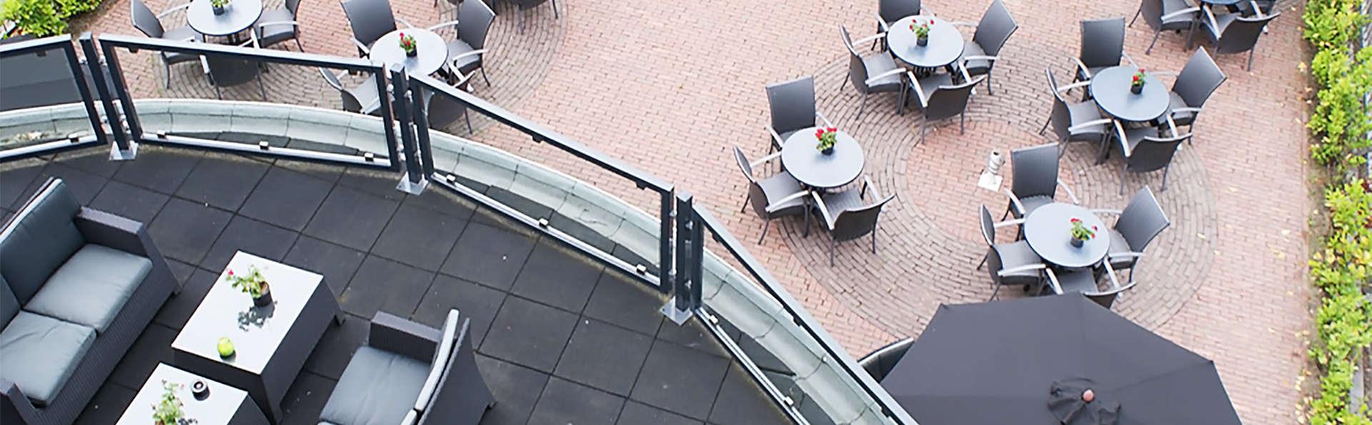 Fletcher Hotel-Restaurant de Kempen - EDIT_terrace.jpg