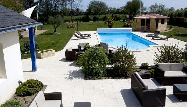 L Abreuvoir - Pool