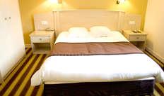 1 nuit en chambre double confort pour 2 adultes
