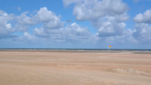 Promenade à vélo entre les dunes à Kijkduin (à partir de 2 nuits)