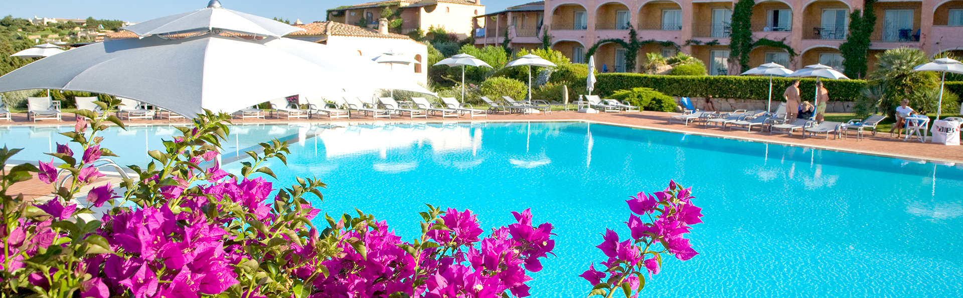 Grand Hotel in Porto Cervo - Edit_Pool2.jpg