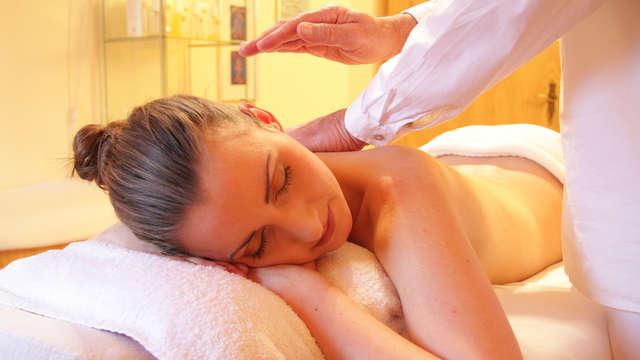 Escapada bienestar: masaje privado en pareja de 30' cerca de Doñana en un hotel moderno