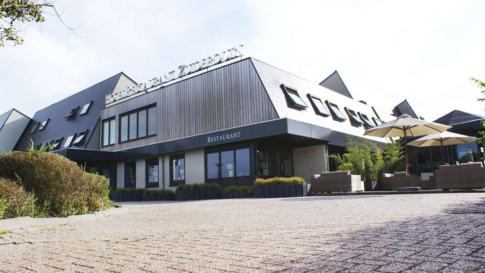 Fletcher Zuiderduin Beachhotel - EDIT_front.jpg