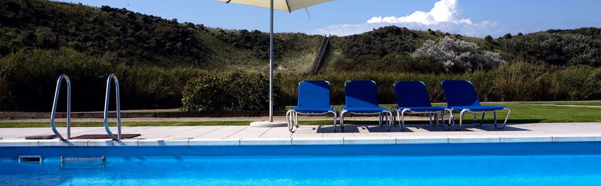 Fletcher Zuiderduin Beachhotel - EDIT_pool2.jpg