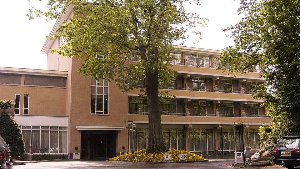 Fletcher Parkhotel Val Monte - EDIT_front.jpg