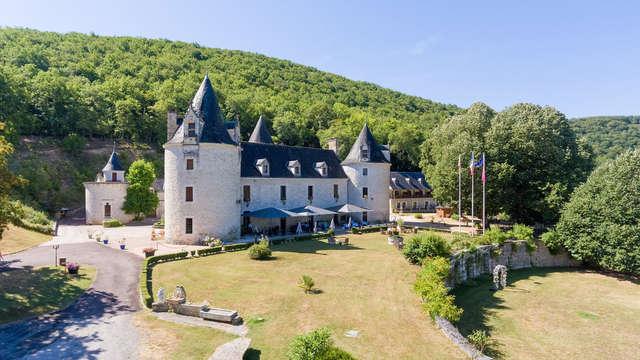 Plaisirs des sens dans une château en Dordogne