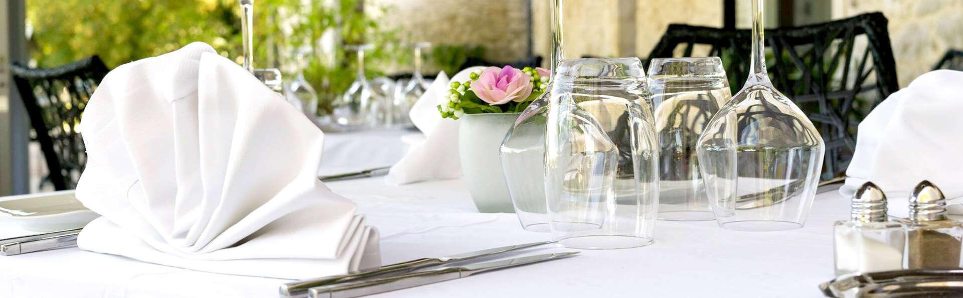 Week-end détente avec dîner gastronomique, dans un château en Dordogne, à côté de Sarlat