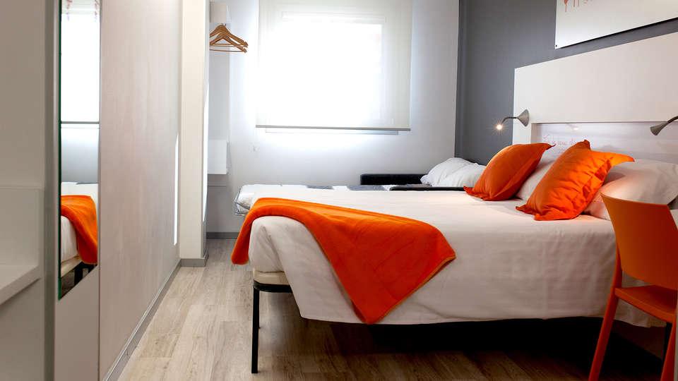 Hotel Bed4U Pamplona - EDIT_NEW_ROOM4.jpg