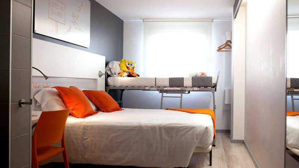 Hotel Bed4U Pamplona - EDIT_NEW_ROOM.jpg