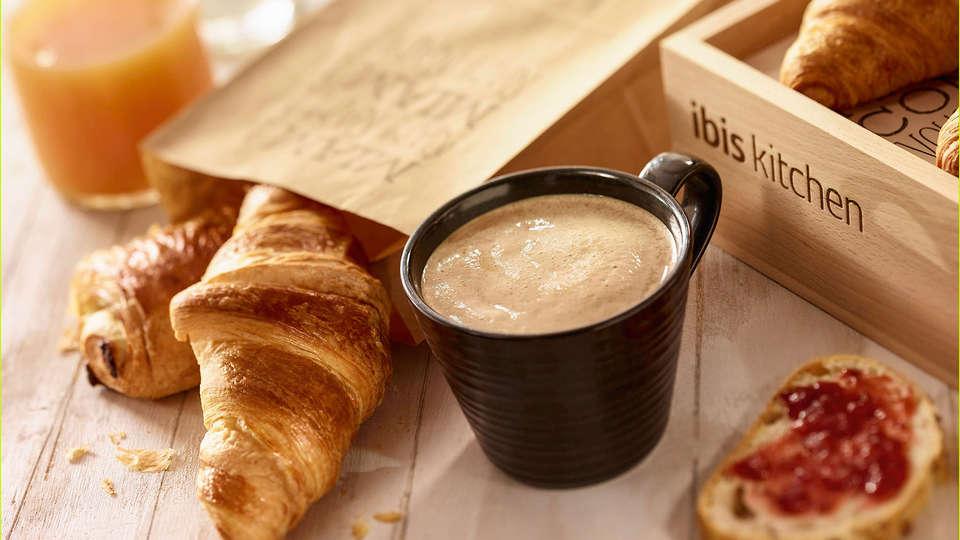 Ibis Charleroi Centre Gare - Edit_Breakfast2.jpg