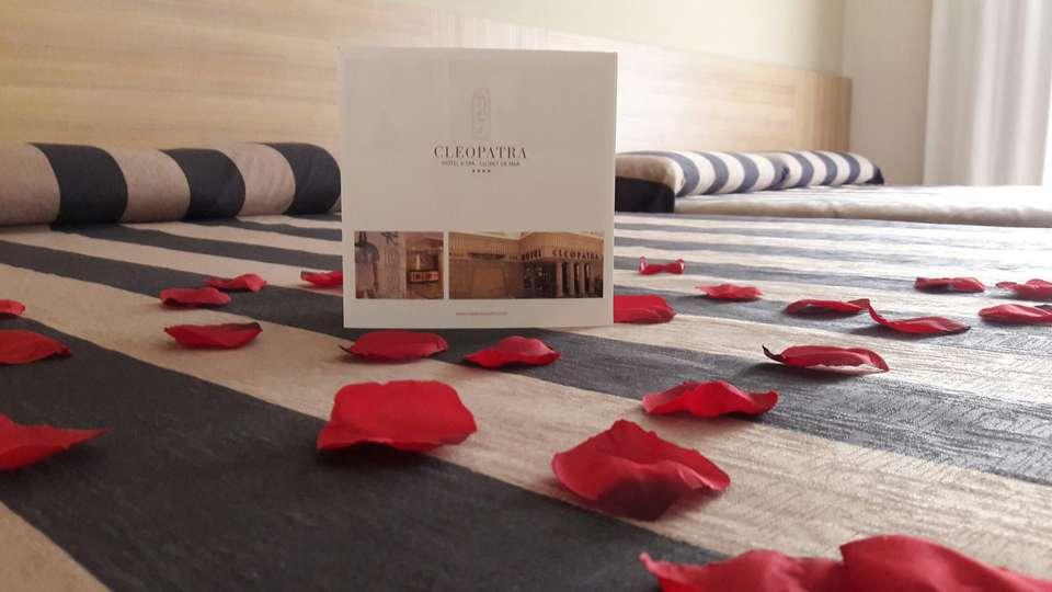 Hotel Cleopatra & Spa - detalle_cama.jpg