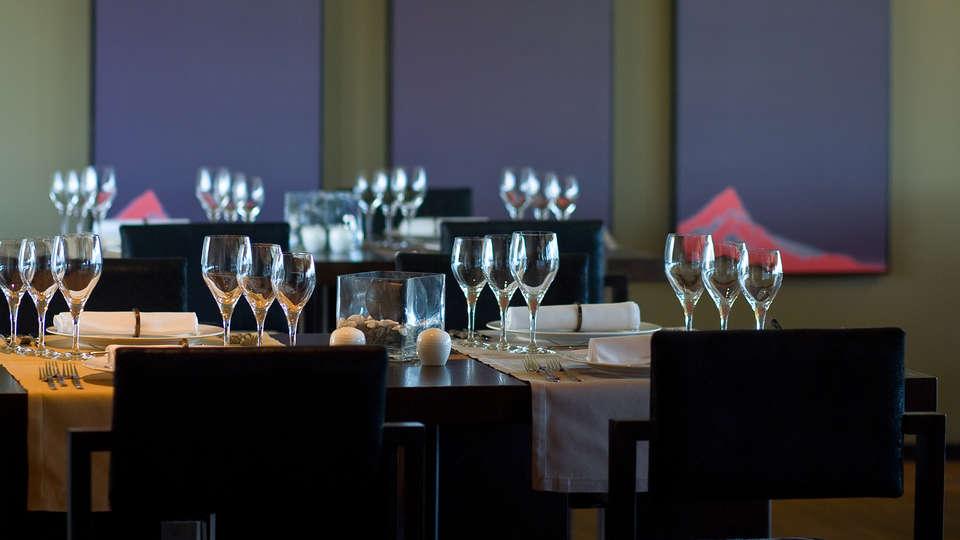 Penafiel Park Hotel & Spa - EDIT_restaurant2.jpg