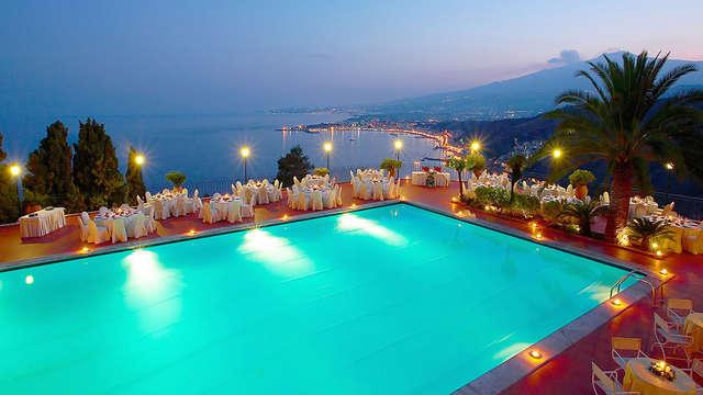 Villa avec vue panoramique dans le centre historique de Taormine