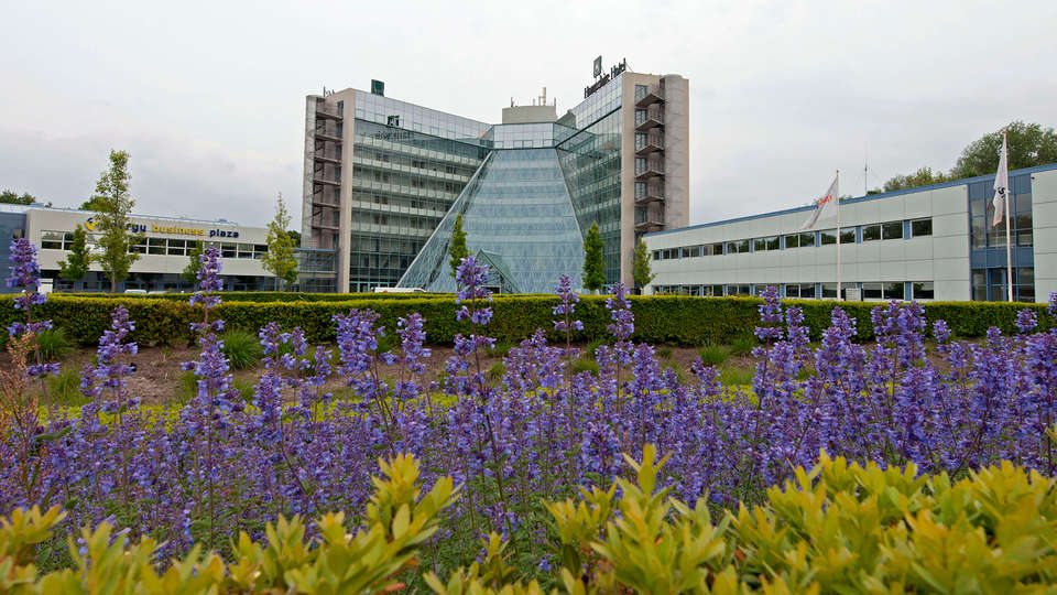 Best Western Plus Hotel Groningen Plaza - EDIT_front.jpg