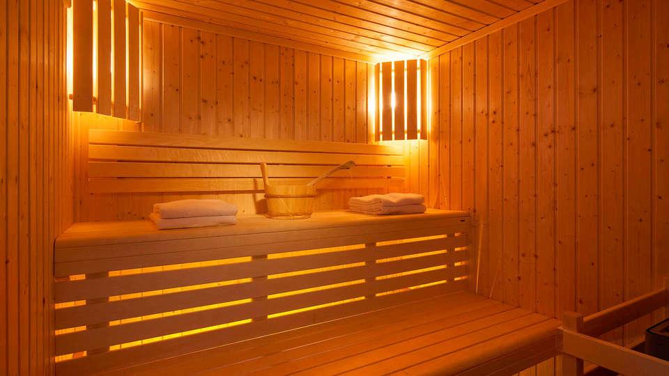 IBIS STYLES MONTBELIARD - Edit_Sauna.jpg