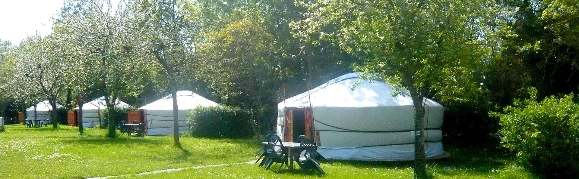 Vivez une expérience unique dans une yourte sur la côte près de Cancale et Saint-Malo