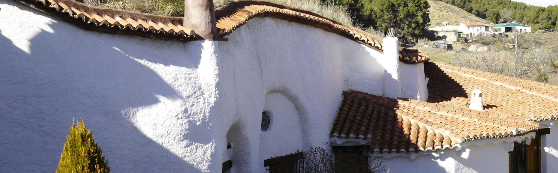 Cuevas del Zenete - EDIT_front.jpg