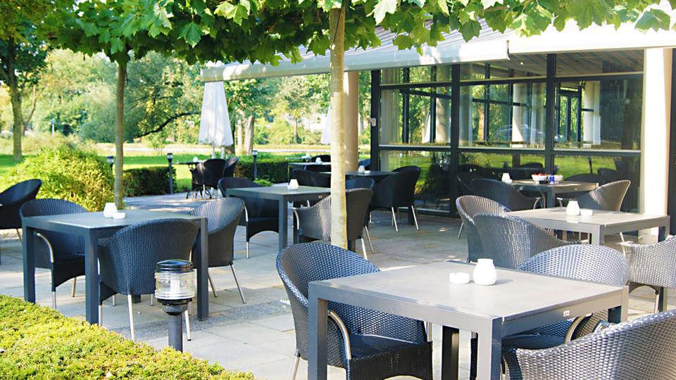 Teugel Resort Veghel - EDIT_terrace.jpg
