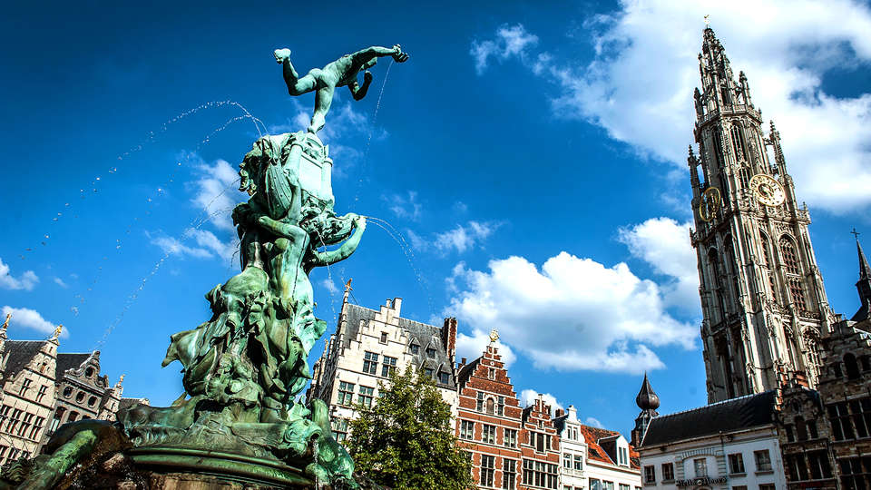 Hilton Antwerp Old Town - EDIT_Destination_Antwerp.jpg