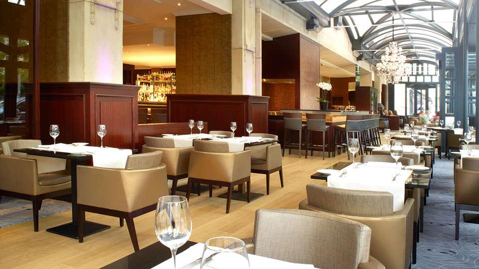 Hilton Antwerp Old Town - EDIT_Restaurant.jpg