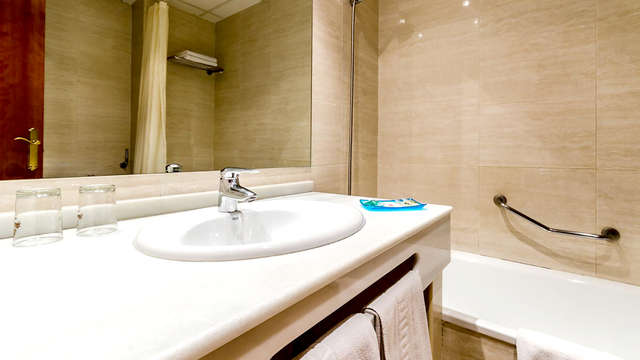 Hotel Saylu Granada
