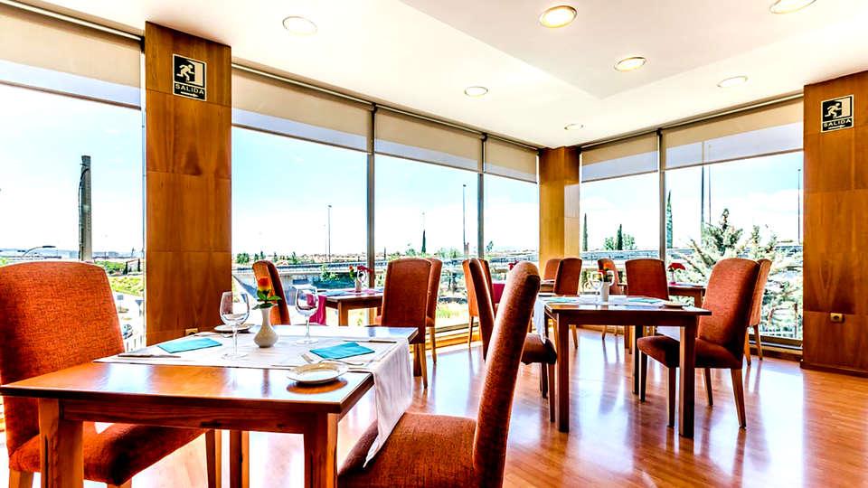 Hotel Saylu Granada - Edit_Restaurant.jpg