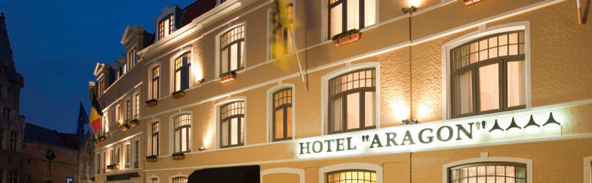 Hotel Aragon - EDIT_front.jpg