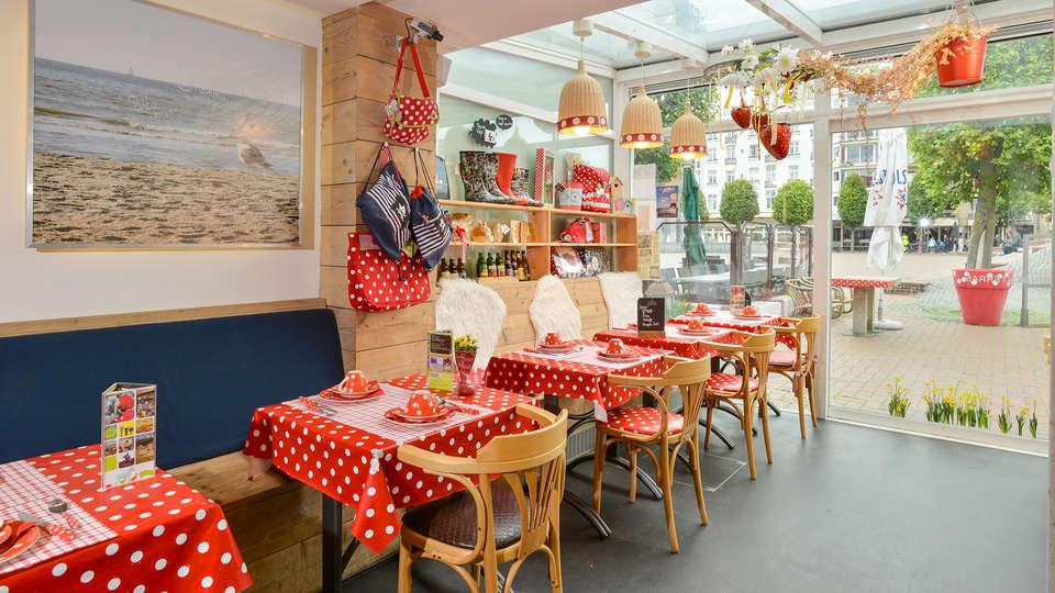 Hotel Aan Zee - EDIT_Restaurant.jpg