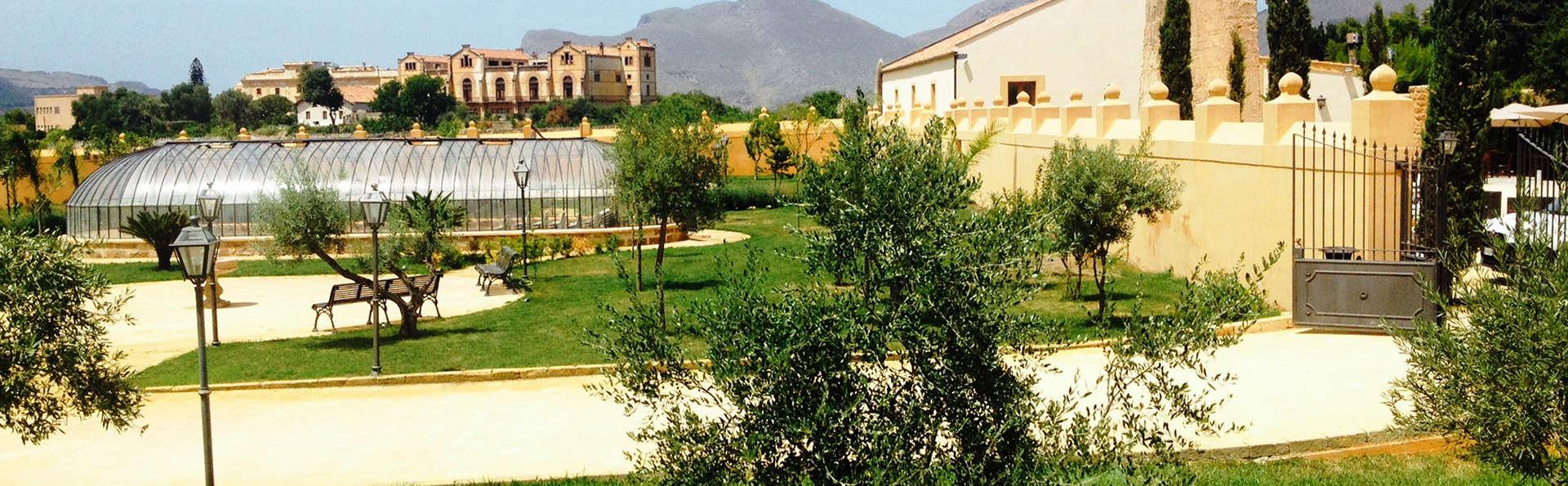 Villa Lampedusa - Edit_Garden2.jpg