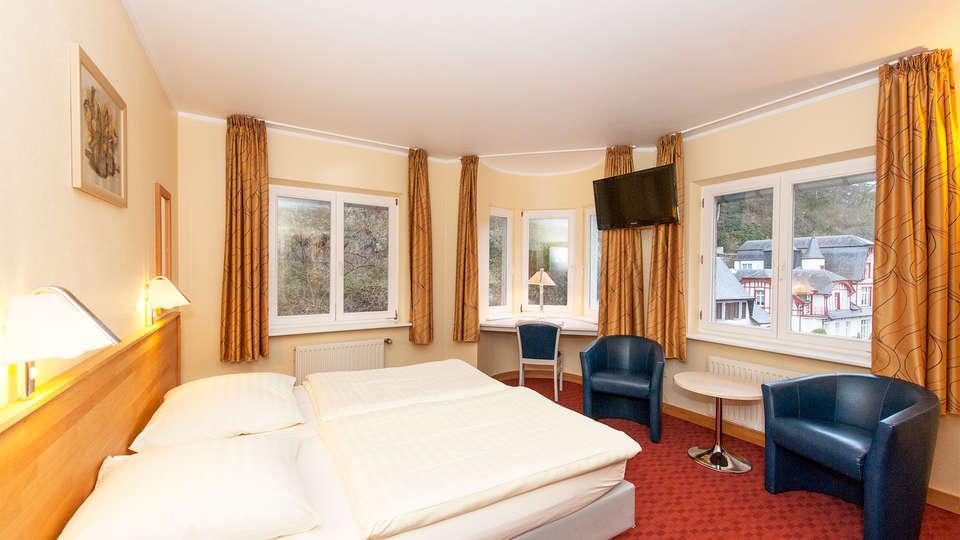 Hotel Belle Vue - EDIT_room1.jpg