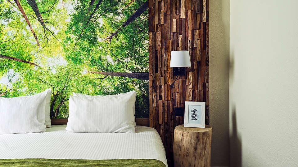 Hotel en restaurant ZUID - EDIT_Room.jpg