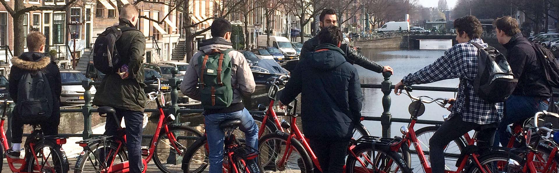Descubre Ámsterdam en bicicleta ¡la ciudad en la que todo es posible!