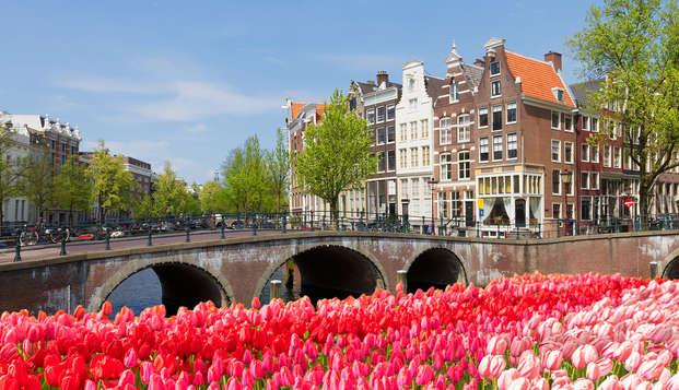 Découvrez le centre-ville d'Amsterdam à vélo