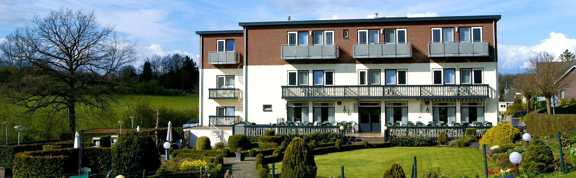 Hotel Bemelmans - EDIT_Exterior.jpg