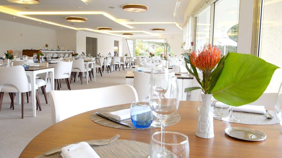 La Vague de Saint Paul - Edit_Restaurant.jpg