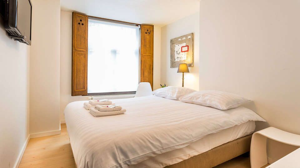 Hotel Bla Bla - EDIT_Room5.jpg