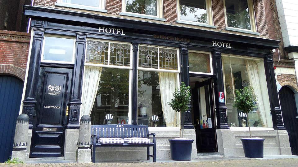 Hotel Bridges House - EDIT_Exterior.jpg