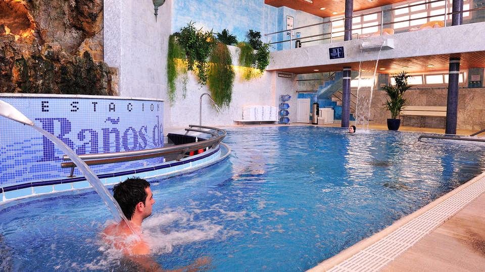 Balneario de Fitero - Hotel Bécquer - EDIT_inpool4.jpg
